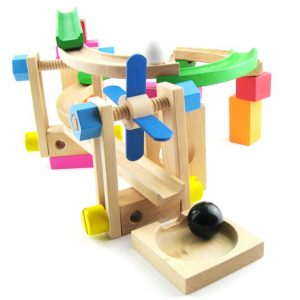 đồ chơi cầu trượt cho bé